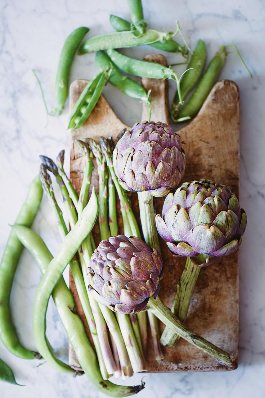 verdure primaverili crude per le crespelle primaverili